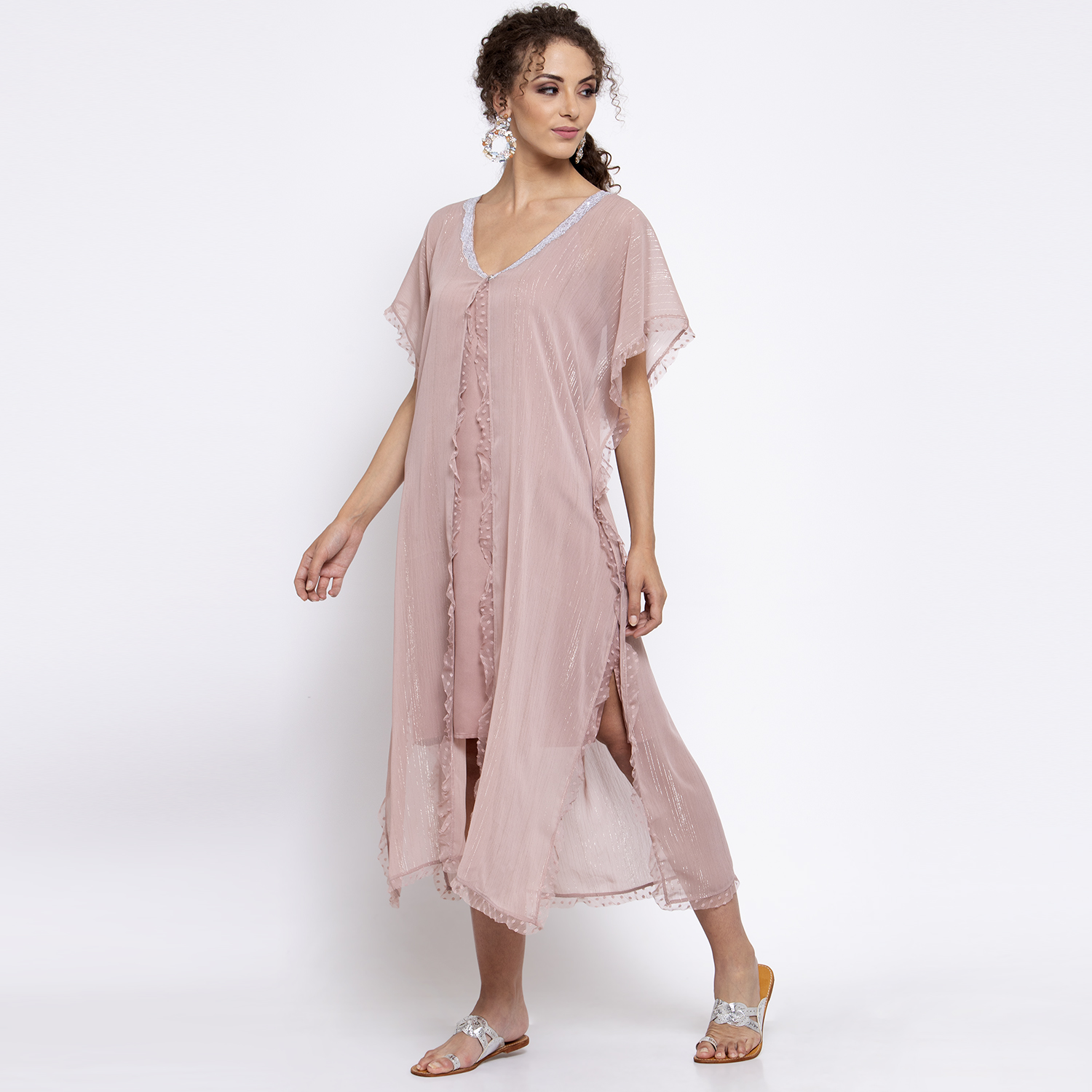 Pink lurex kaftan with sequins embroidery at neck